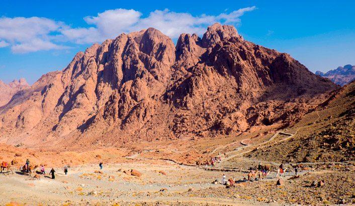 Sinai 706x410 706x410 1 Divinizzazioni d'alta quota