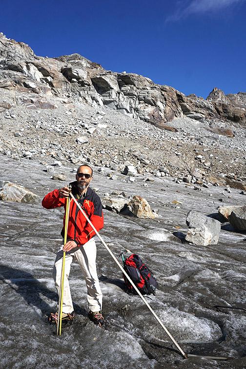 Misurazioni al ghiacciai Ciardoney
