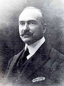 Ettore Conti che con Giovanni Leoni ebbe una disputa sull'invasione dell'industria idroelettrica al Devero