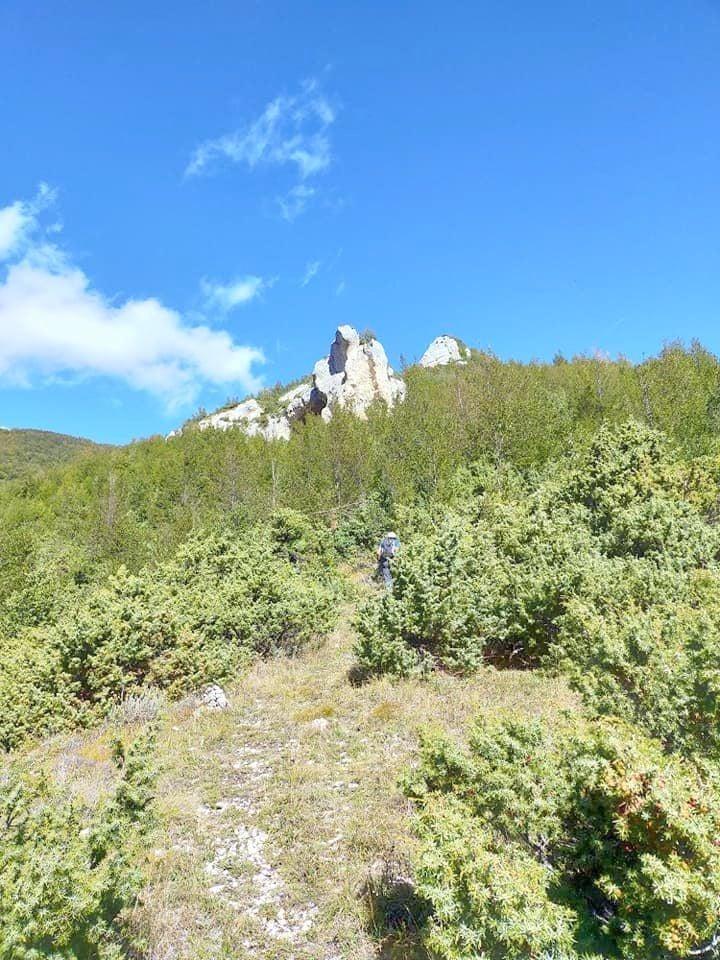 Roccione della cavaliera - grotta Sant'Anna - Majella - Valle dell'Avella