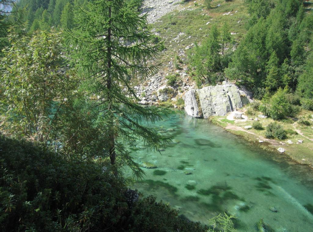 lago delle streghe all'alpe Devero - frana all'alpe Devero