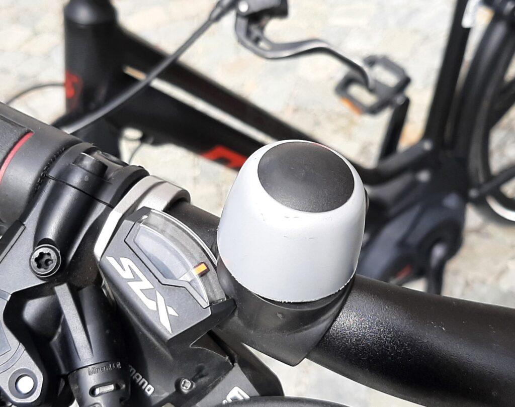 campanello Il galateo dei Grigioni per i bikers