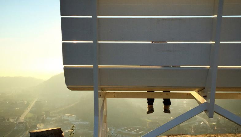 Panchina gigante Immagini dalla montagna dell'estate 2021